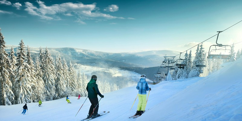 Purchase ski passes online with discount